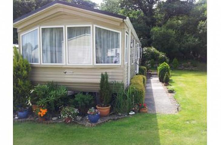 Caravan rental Cardigan - Willerby Granada XL