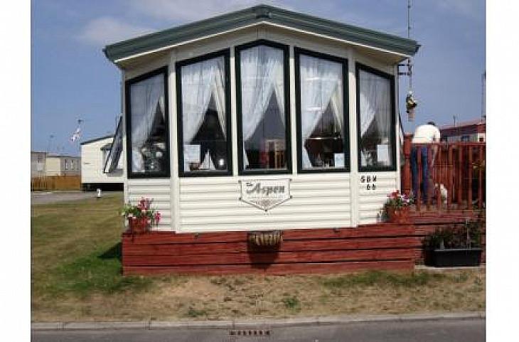 Caravan rental Rhyl - Willerby Aspen