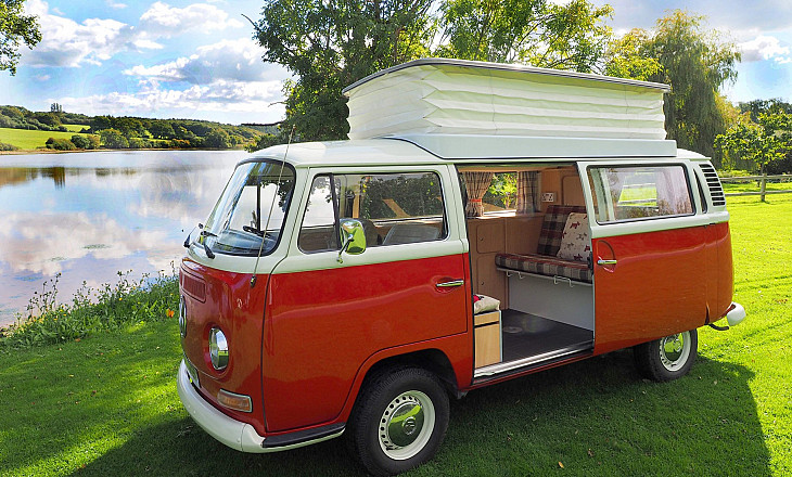 VW Baywindow Camper called OLIVER hire Ryde