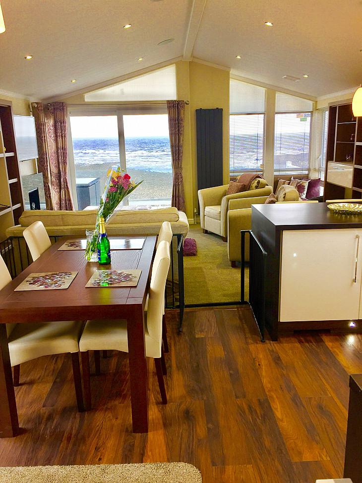 Caravan rental Watchet - 2 bed Lodge
